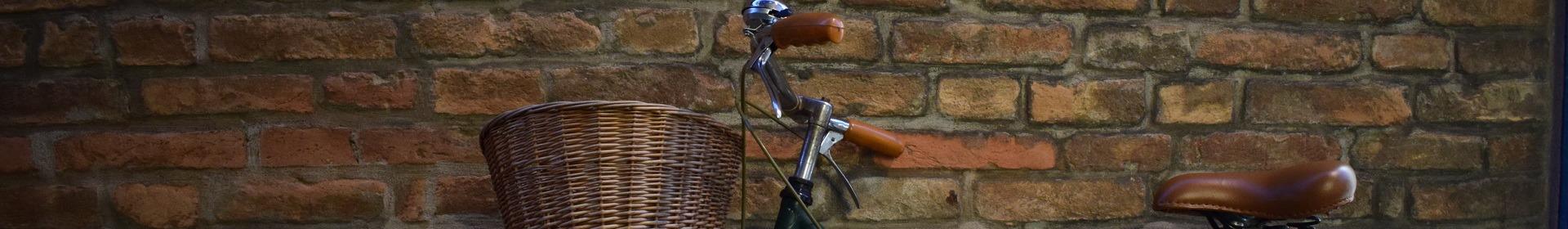 kosze rowerowe z wikliny na kierownice