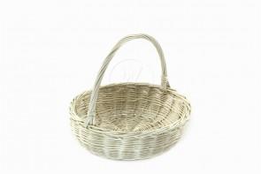 Biały koszyk wiklinowy
