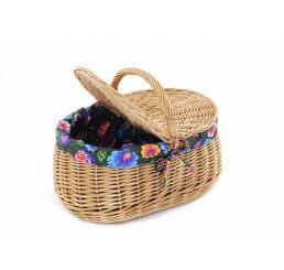 Koszyk na piknik wyszyty
