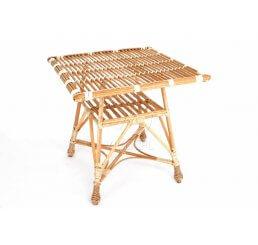 Stół ażurowy